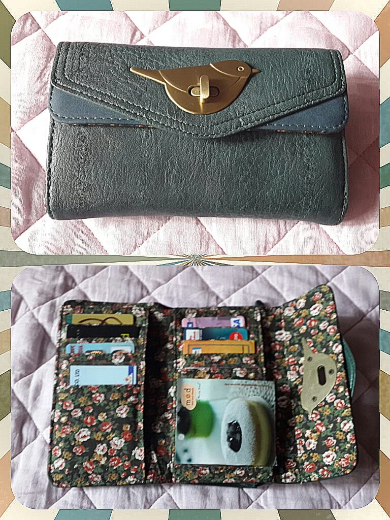 accessorize wallet