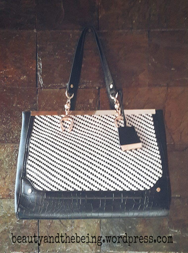 river island black & white weave bag