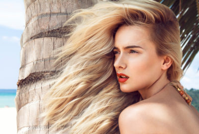 6 Ways to Keep Your Hair Colour Vibrant This Summer!