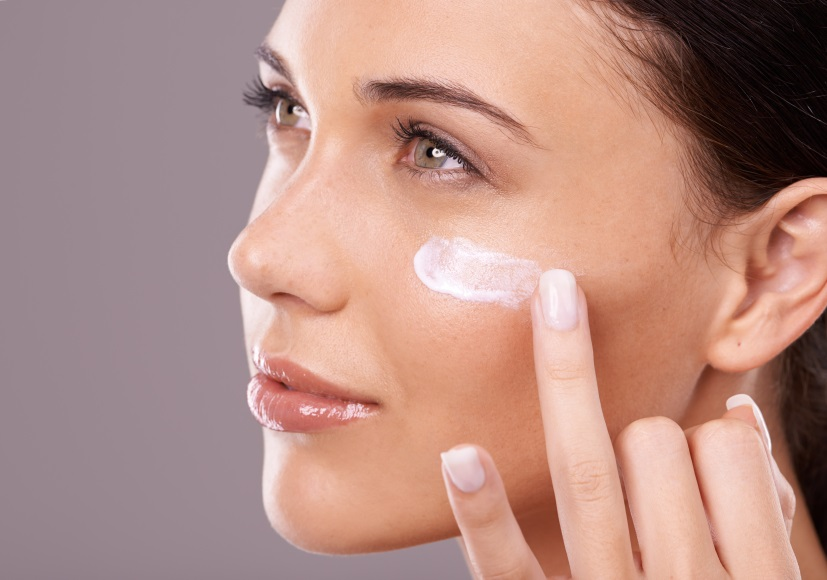 7 Makeup Tips That Will Instantly Make YouLook Younger andFresher